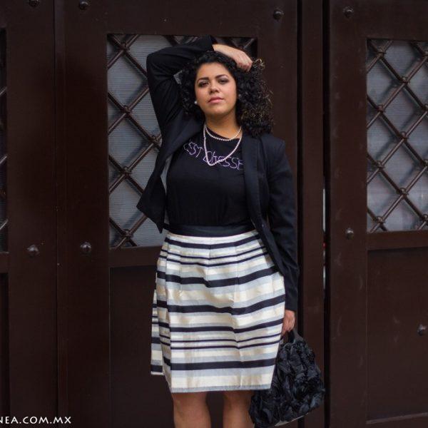 Enamorada de una falda midi de rayas