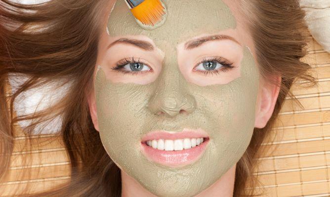¿Por qué las mascarillas de arcilla son la mejor opción para tu rostro?